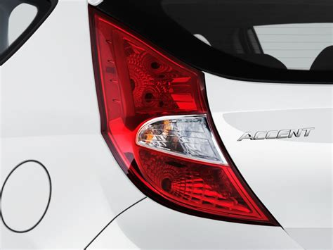 image  hyundai accent se hatchback automatic tail
