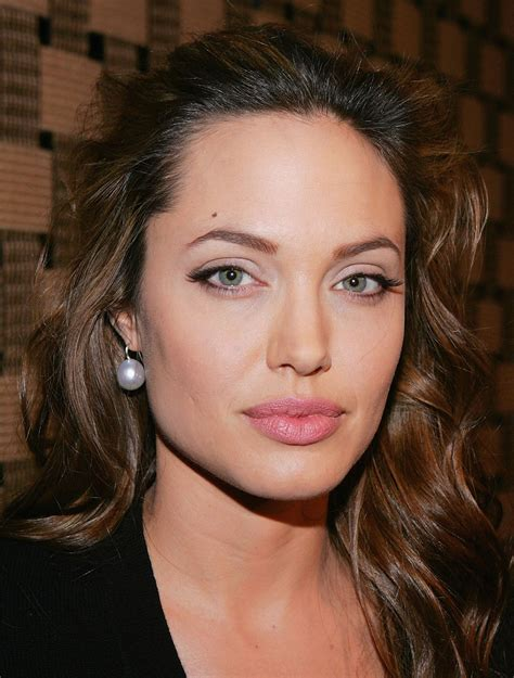 Angelina Jolie HD Wallpapers, Photos, Pictures and images