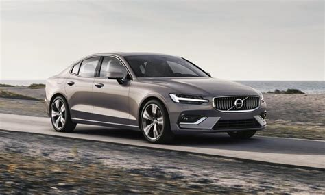 volvo    sale  australia arrives