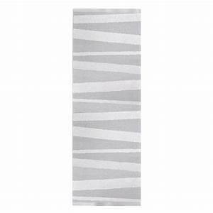 Tapis Blanc Et Gris : tapis de couloir are ray gris et blanc sofie sjostrom ~ Melissatoandfro.com Idées de Décoration