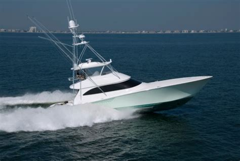 Small Boat Used To Get To Land by Top 5 Cruisers Motor Yacht Express Aft Cabin Sedan