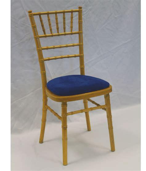 mahogany chiavari chairs uk chiavari banquet chairs for hire across