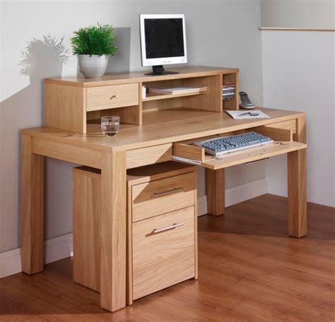 bureau bois massif moderne le bureau en bois massif est une classique qui ne se