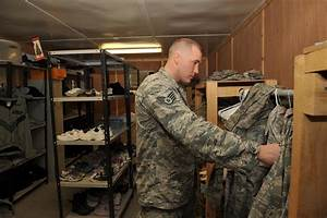 Air Force Mulls Uniform Shift from ABUs to ACUs | Military.com