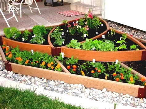 easy garden vegetables basic vegetable garden simple diy wooden fence ideas idea