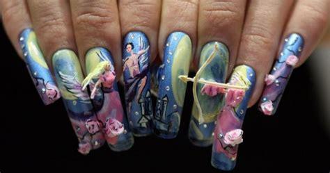 Nail Art Gets A Talon Show
