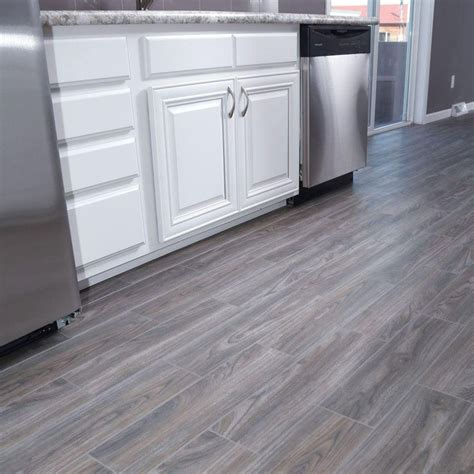 what are the best floor tiles for a kitchen best 25 gray floor ideas on grey wood floors 9950