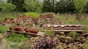 Permakultur Garten Anlegen : hortus insectorum der garten der insekten youtube ~ Markanthonyermac.com Haus und Dekorationen