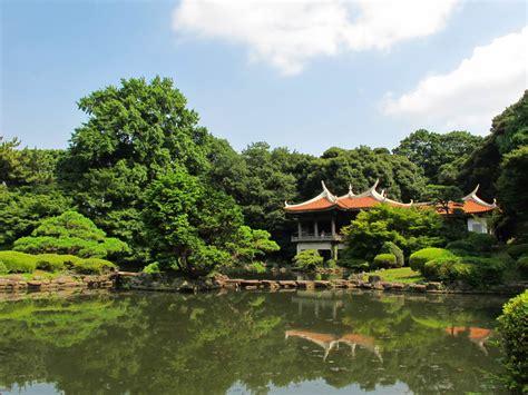 shinjuku gyoen national garden shinjuku gyoen national garden shinjuku tokyoing