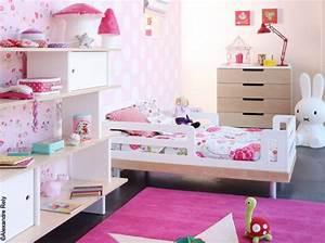 Chambre Fille 4 Ans : deco de chambre petite fille visuel 2 ~ Teatrodelosmanantiales.com Idées de Décoration