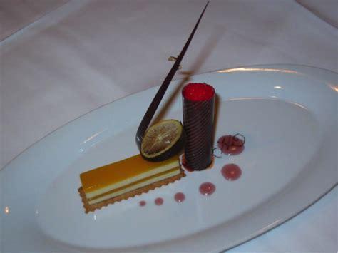 design principles  plating food modern pastry