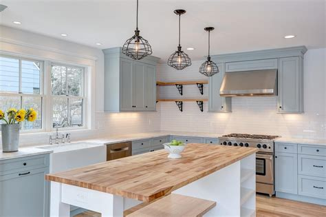 35 Best Farmhouse Kitchen Cabinet Ideas And Designs For 2018 Home Depot Corporate Office Atlanta Phone Filing Cabinet L-shaped Desks For Theater Design Ideas Sony Sound System How To Organize Your Reciever
