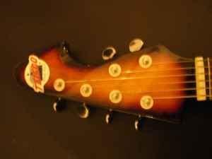 craigslist vintage guitar hunt july