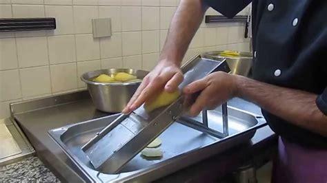 mandoline cuisine cours de cuisine utilisation d 39 une mandoline