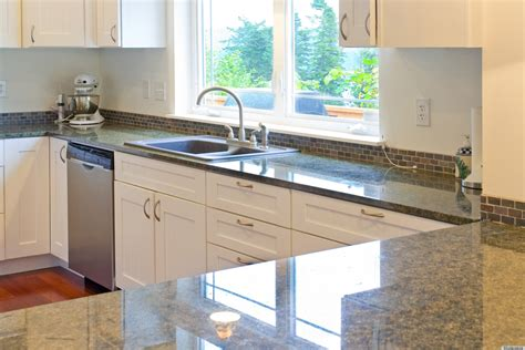 Unclutter Your Life Clearing The Kitchen Counter Of