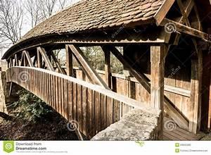 Pont De Baignoire Bois : vieux pont en bois photo stock image du couvert gris ~ Premium-room.com Idées de Décoration