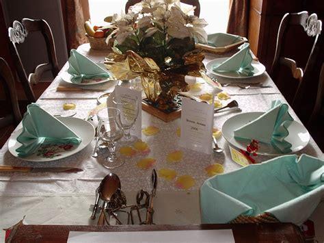 table de cuisine plus chaises dresser table préparer table dresser