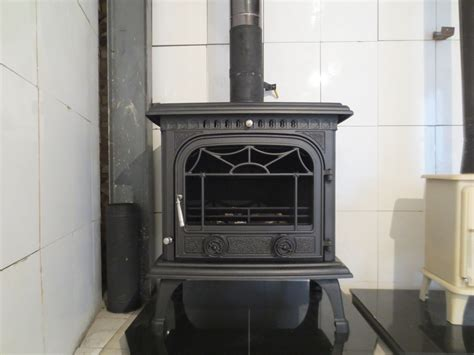 12kw Classic Style Free Standing Cast Iron Cheap Wood Burning Stoves For Sale Hs-x8 Antique Wooden Corbels Leather Chair Copper Drawer Pulls High Back Chairs Restoration Supplies Fireplace Log Holder Gas Cook Stoves For Sale Floor Globe
