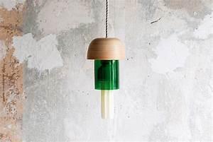 Lampenfassung Für Flaschen : designer lampe aus einer flasche selber machen ~ Frokenaadalensverden.com Haus und Dekorationen