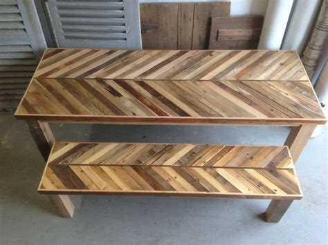 table cuisine palette reclaimed pallet and barn wood kitchen table with matching
