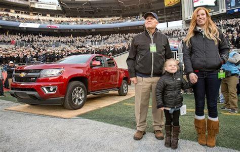 Tom Brady Awarded 2015 Chevrolet Colorado Z71at Super Bowl