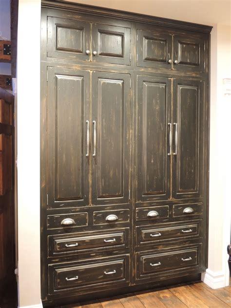 Armoire Du Cuisine Rustique Noire  Atelier Meuble Rustique