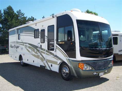 Michigan RV Broker USA Pace Arrow 35 G