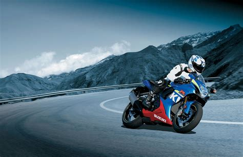 Suzuki Wallpapers by Gsxr 600 Wallpaper 64 Images