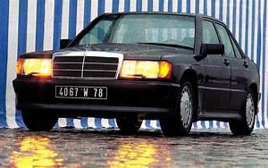 Mercedes Paris 16 : l 39 histoire des colonnes morris paris ~ Gottalentnigeria.com Avis de Voitures
