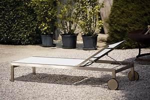 Liege Mit Rollen : jan kurtz luxury liege sonnenliege mit rollen in edelstahl schwarz oder wei garten ~ Watch28wear.com Haus und Dekorationen