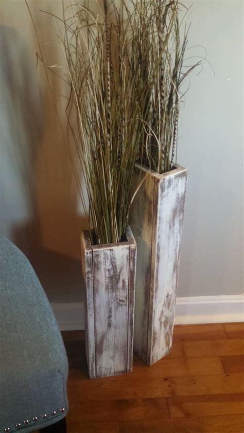 set   rustic wood floor vases    wedding