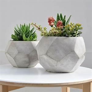 Pot De Fleur Design Interieur : jardini re b ton 24 id es pour un ext rieur moderne ~ Premium-room.com Idées de Décoration