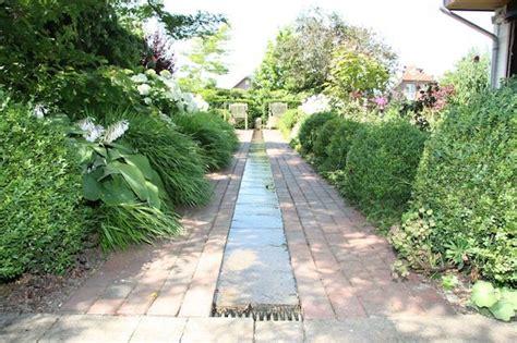 Gartendeko Niedersachsen by Ein Wasserlauf F 252 R Den Garten Gartendeko Unserer Leser