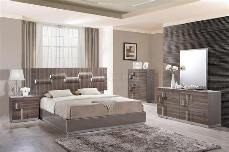 Adel Bedroom In Grey & Zebra Wood By Global W/optional