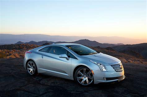 Cadillac Elr by 2014 Cadillac Elr Test Motor Trend
