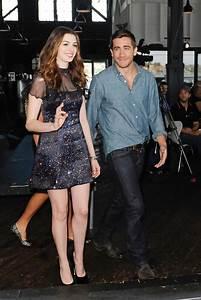 Anne Hathaway and Jake Gyllenhaal Photos Photos - Anne ...