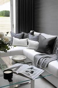 Glastische Für Wohnzimmer : wohnzimmergestaltung 34 erfrischende ideen f r den wohnbereich wei e sofas glastische und ~ Indierocktalk.com Haus und Dekorationen