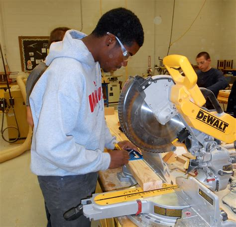 construction technology architecture  welding career