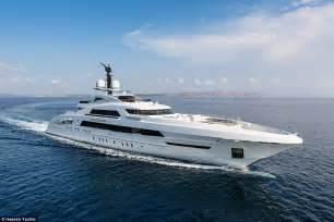 beyonce  jay  cruised   mediterranean