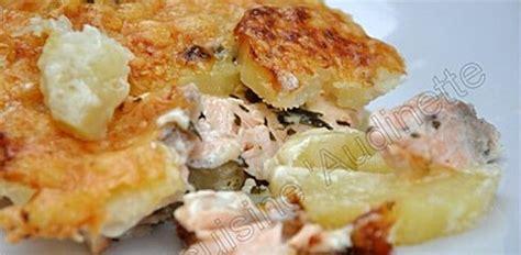 cuisiner le saumon frais recette gratin suédois de pommes de terre au saumon frais
