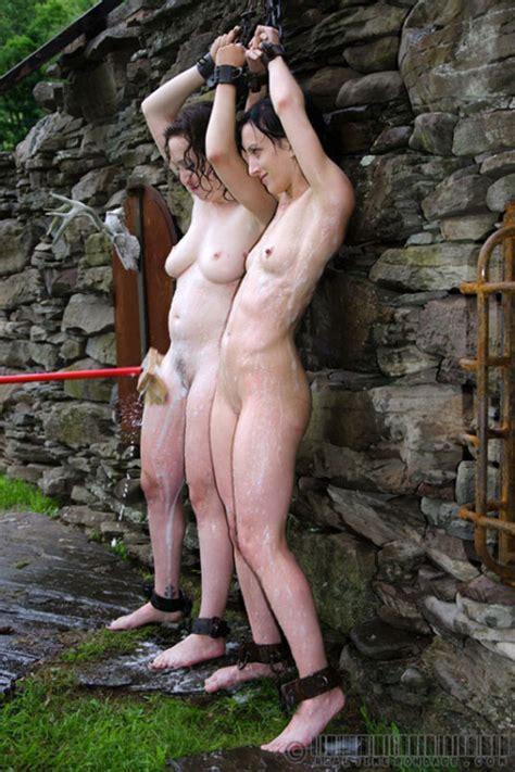 Naked Women Crucified Outdoor Bondage Sexy Babes Naked