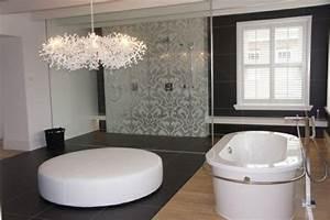 Kronleuchter Für Badezimmer : beste kronleuchter f r badezimmer moderne design leuchter wanne tapete 10726 hause deko ideen ~ Markanthonyermac.com Haus und Dekorationen