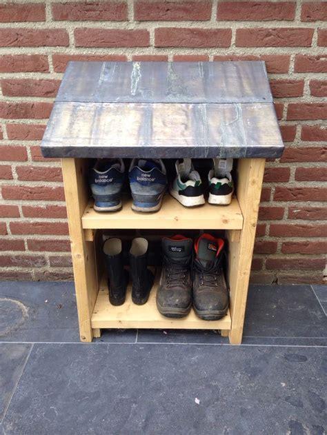 Outdoor Boat Storage by Best 25 Outdoor Shoe Storage Ideas On Shoe