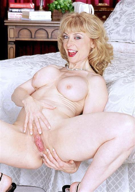 Vintage pornstar Nina Hartley in retro porn pics - Pichunter