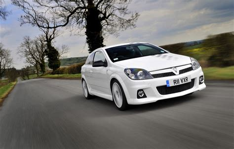 vauxhall astra vxr vauxhall astra vxr review 2005 2010 parkers