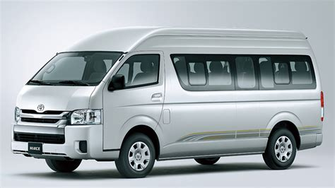Toyota Hiace Photo by Toyota Hiace Photos Colors And Specs