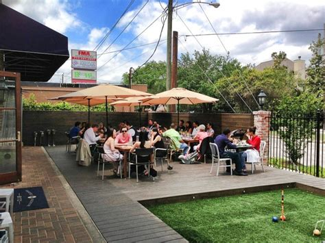 houston s best restaurant patios 10 cool places with