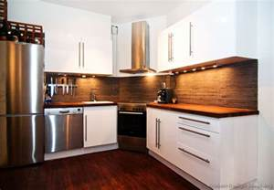Kitchen Backsplash Ideas With Wood Cabinets by Pictures Of Kitchens Modern White Kitchen Cabinets