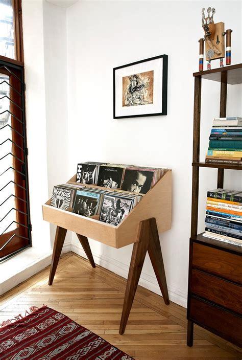 atocha design record stand   usa