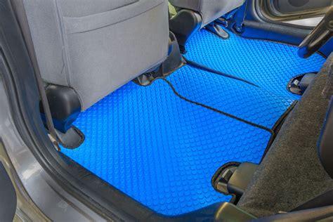 tapis de voiture sur mesure tapis voiture sur mesure types et crit 232 res de choix ooreka